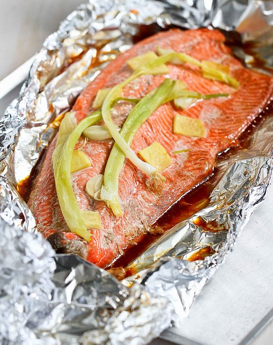 Easy Grilled Salmon Recipe in Foil with Ginger & Soy Sauce